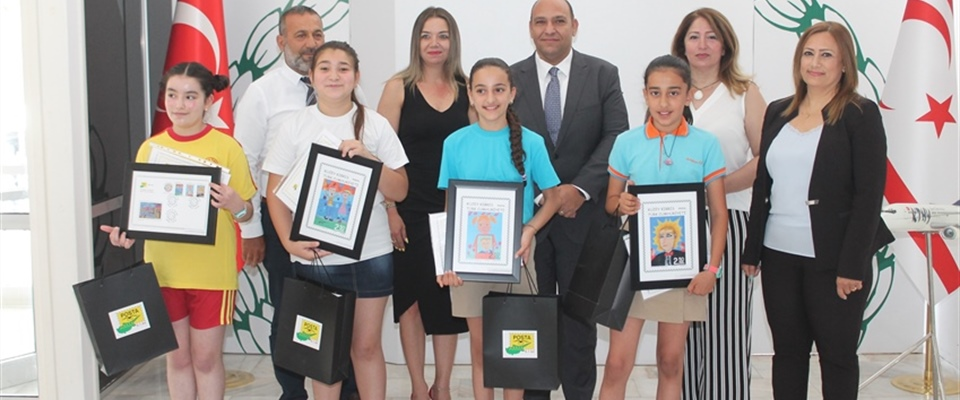 STUDENTS RECIEVED AWARDS FOR THEIR ARTWORKS